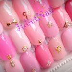 ピンクで恋愛運UP?!モテ可愛ネイルはシンプル&ピンクで作る!