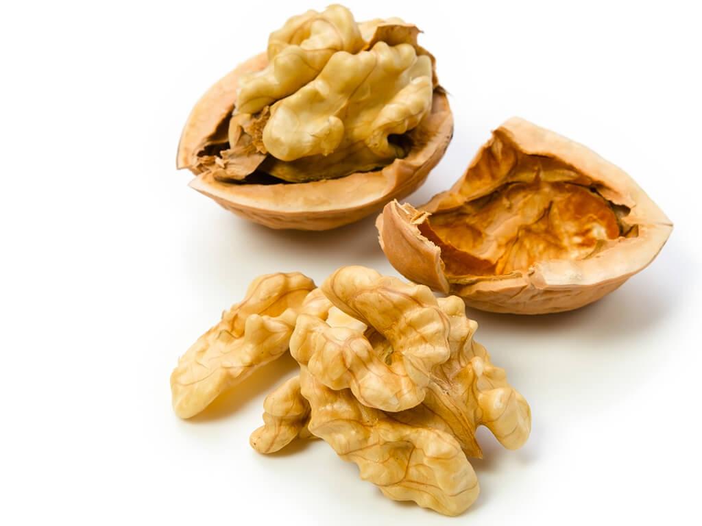 """""""キレイ""""に必要な「オメガ3脂肪酸」が豊富のナッツ"""