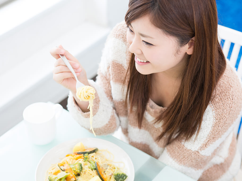 ほうれん草とチーズの食べ合わせが相性抜群!美肌効果UPのワケ