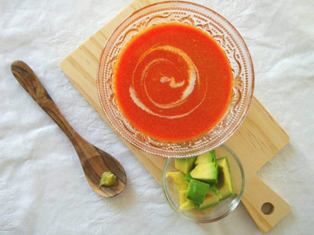 豆乳のサポニン&トマトのリコピンで肌老化ストップ!