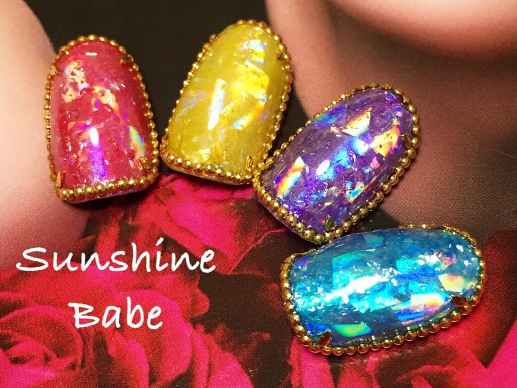 クリスマスネイルにおススメ!宝石みたいなネイルデザイン