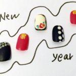 新年は和柄ネイルで開運アップ♪縁起物のモチーフは着物にも◎