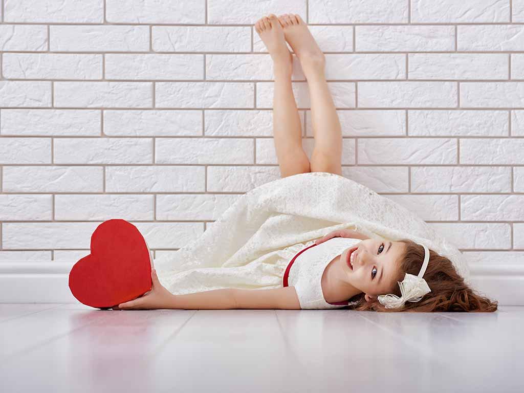 バレンタインはオシャレもネイルも楽しんで