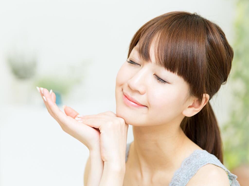 くすみにサヨナラ!お肌の透明感をアップさせる方法