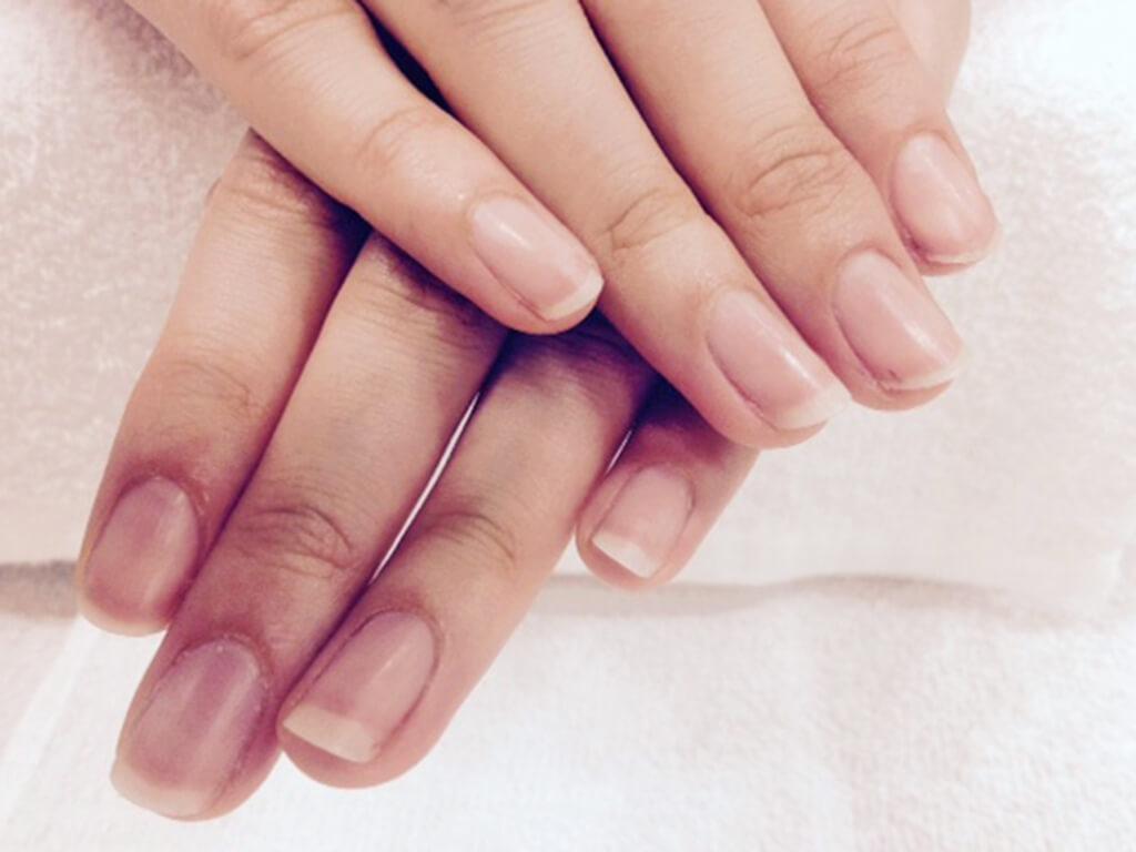 """指先の細かな作業をするために不可欠な""""爪"""""""