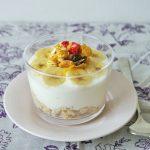美人を作る朝食レシピ「5分で完成♪オートミール入り蜂蜜ヨーグルト」