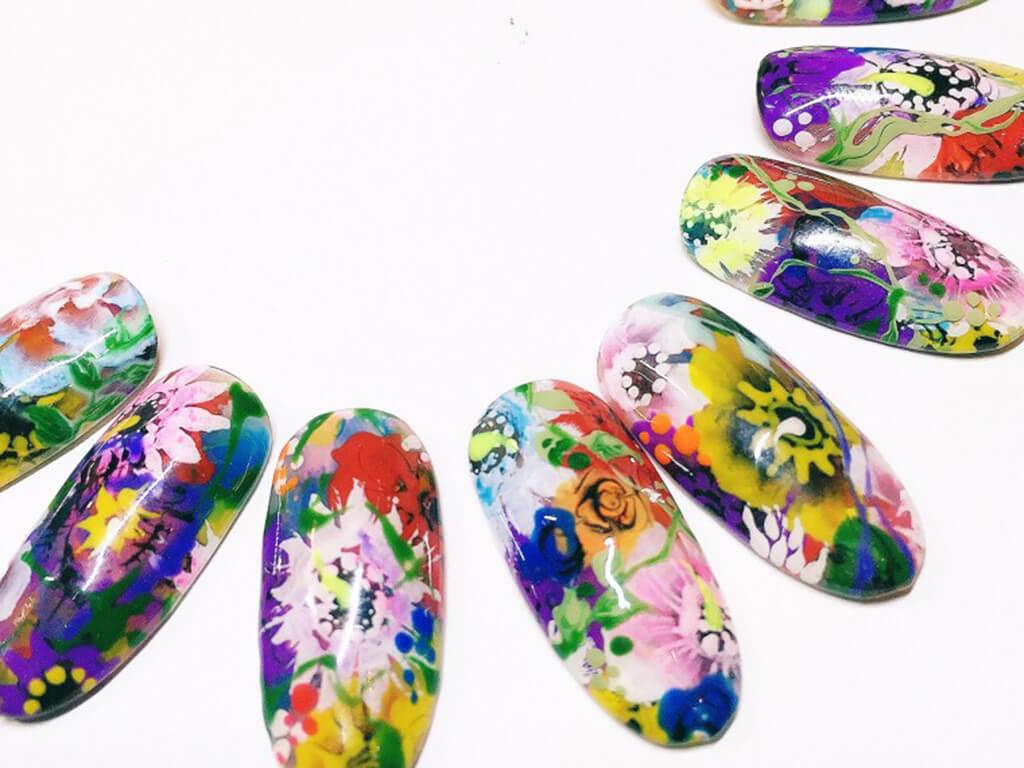 ちょっとやり過ぎ?2016春はお花づくしのネイルアートがトレンド!