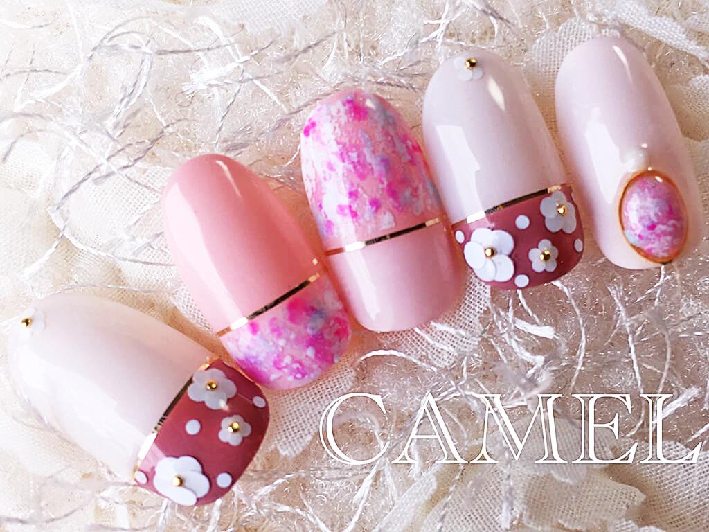 ホログラムフラワー×ピンクのマニキュアで春ネイル♪