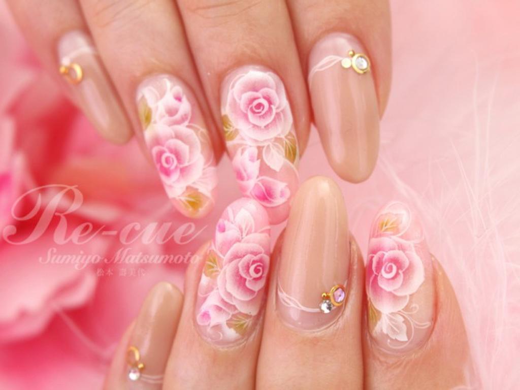 白×薔薇のシールはベースカラーを変えて印象もチェンジ!
