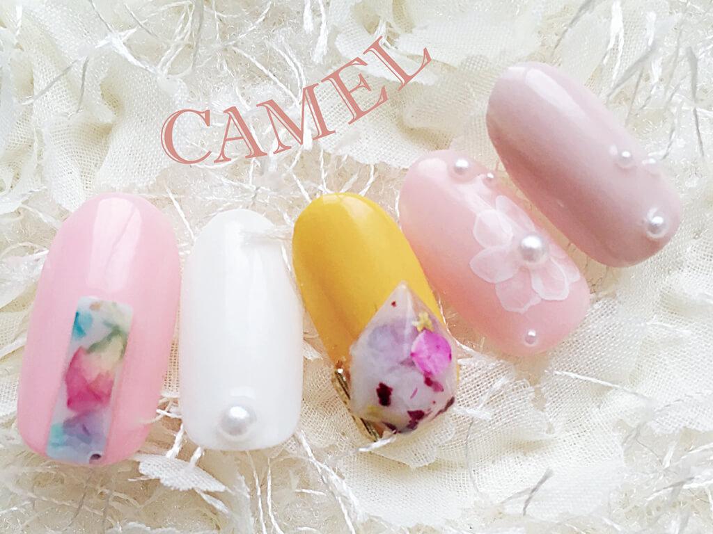 キャンドルパーツは春に人気のお花柄との相性もバツグン!