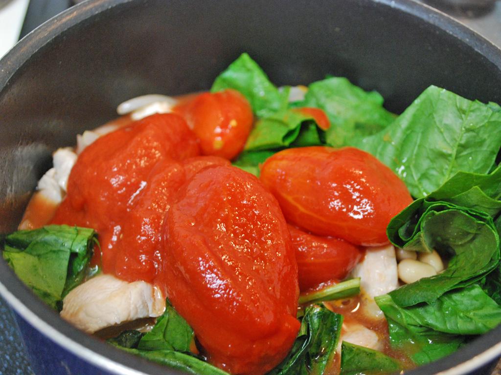 鶏肉と大豆のトマト煮のレシピ