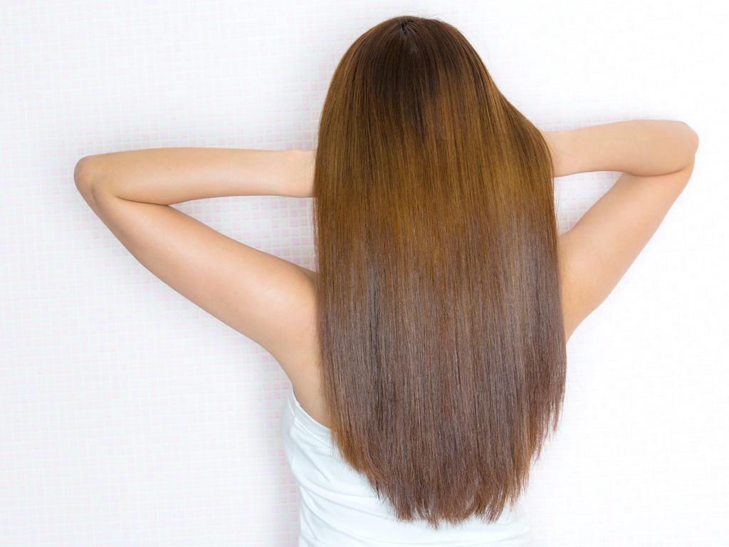 対策(1)ストレートパーマと縮毛矯正でクセ毛対策!