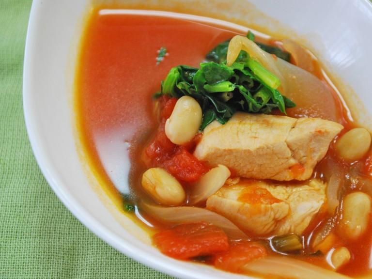 鶏肉と大豆のトマト煮で、ママがキレイになるレシピ♪