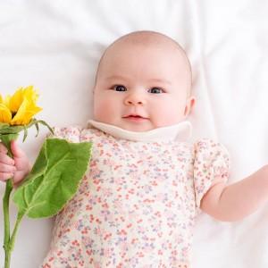 どうして赤ちゃんには薄毛やフサフサの髪の子がいるのか?