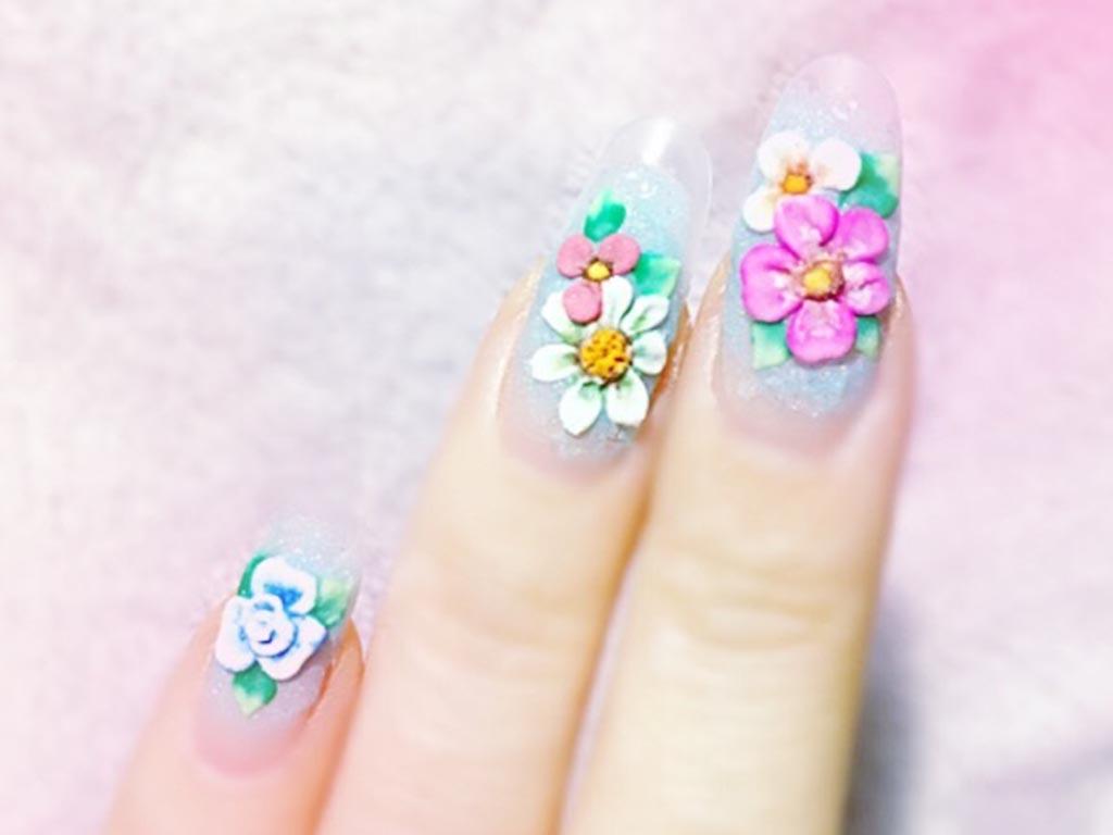 もこもこ立体感がかわいい♪デザインスカルプチュアのお花ネイル