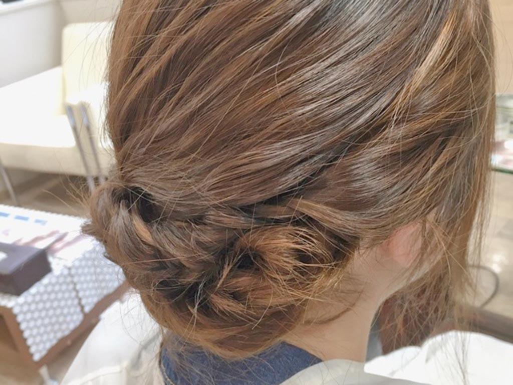 夏もすっきり♪まとめ髪の手順9