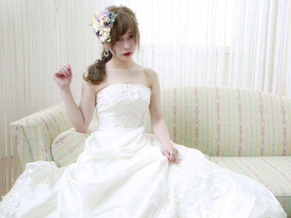 ブライダルヘア④花のヘッドドレスにあわせて