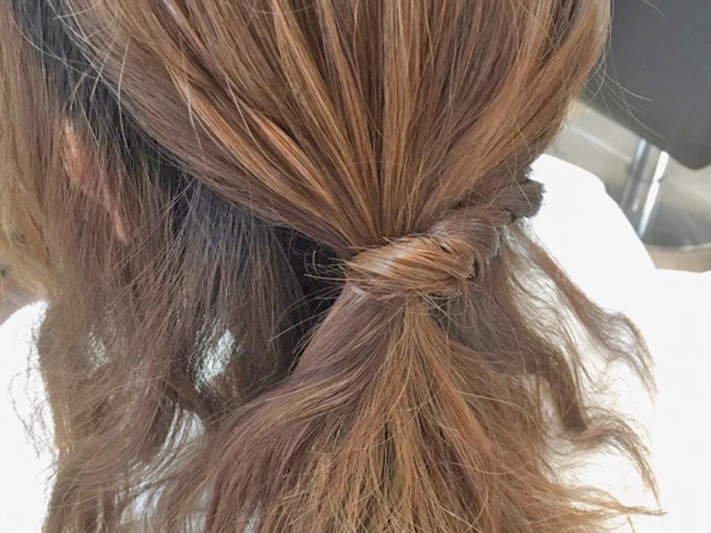 夏もすっきり♪まとめ髪の手順4