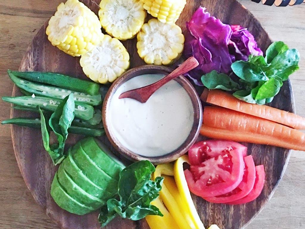 野菜不足の体にぴったり!豆腐マヨネーズの野菜ディップ