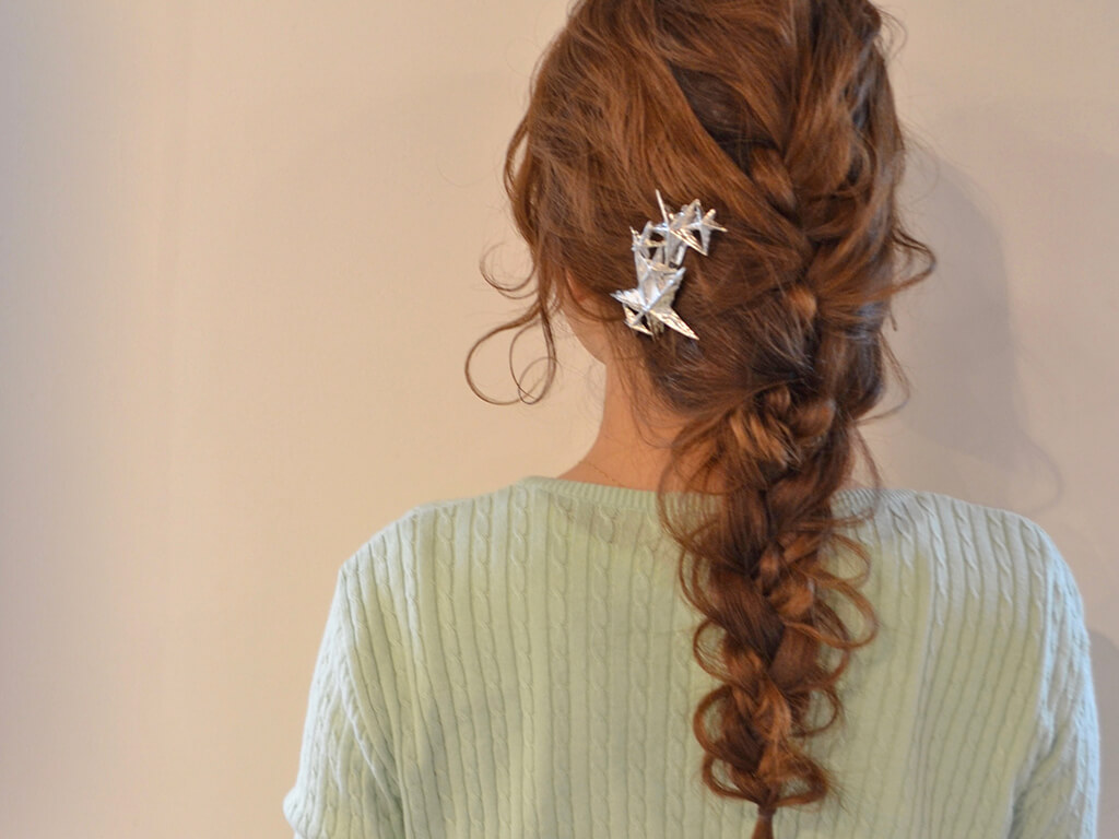 夏のまとめ髪が三つ編みだけで作れる!