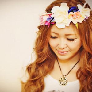 instagramで話題!花冠のヘアアクセが夏フェスにおすすめな理由
