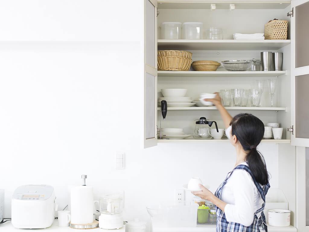 ファーストステップはキッチンの引き出し!