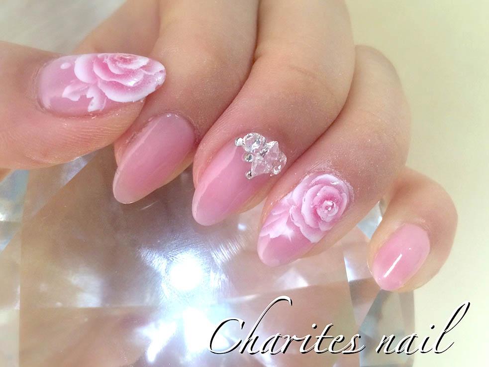 女の子らしい! シアー系ピンクの花柄デザイン