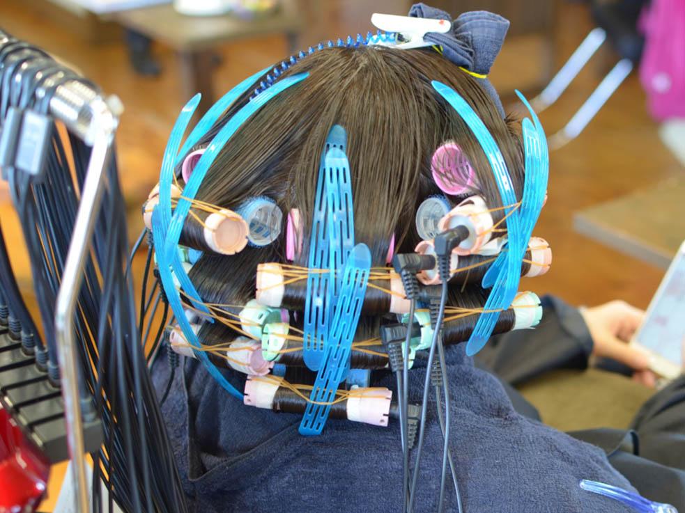 毎日のスタイリングで髪が傷む人には、デジタルパーマが◎!
