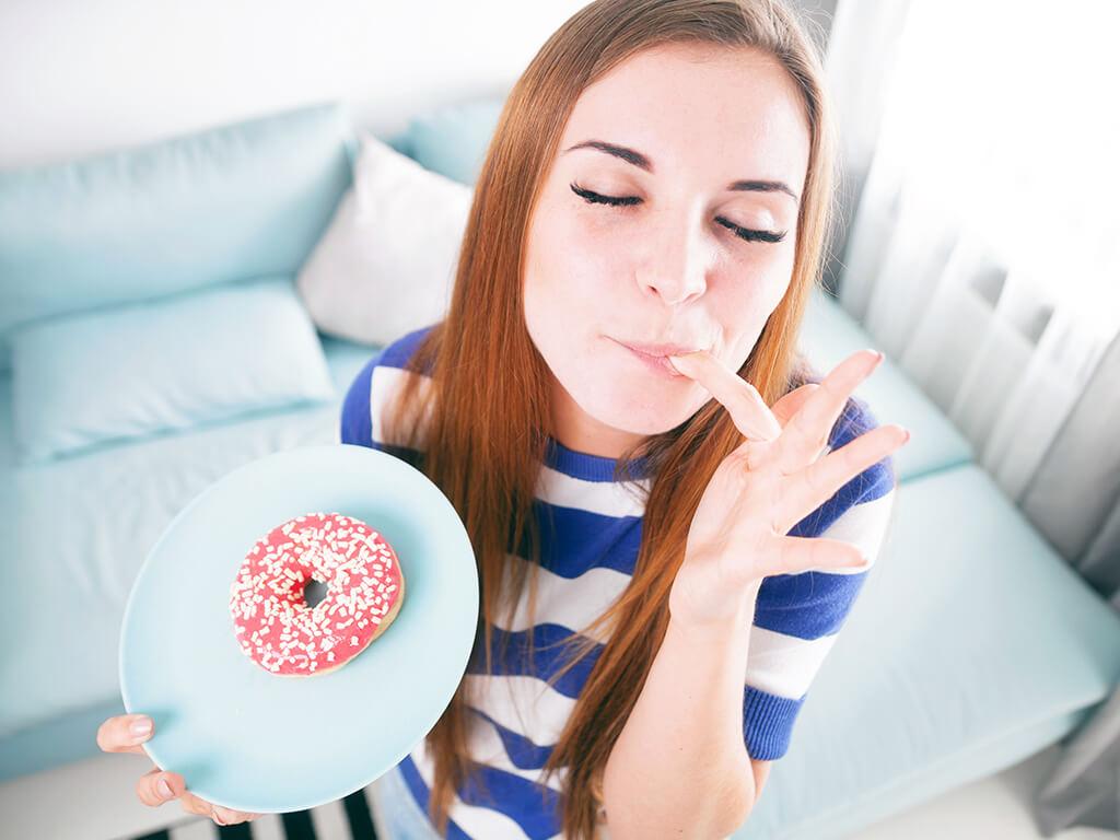 ストレスで食べたくなるものは人によって違う?!