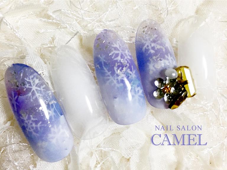 エアブラシ、フレンチ、クリスマス!雪の結晶ネイルのデザイン