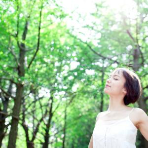 『呼吸』が体に良い!?美容や健康に効果的な呼吸法とは?
