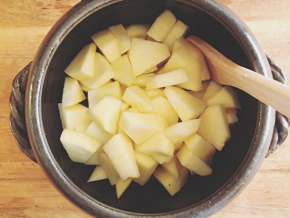 煮るだけで簡単完成「リンゴと柚子のジャム」で疲労を回復