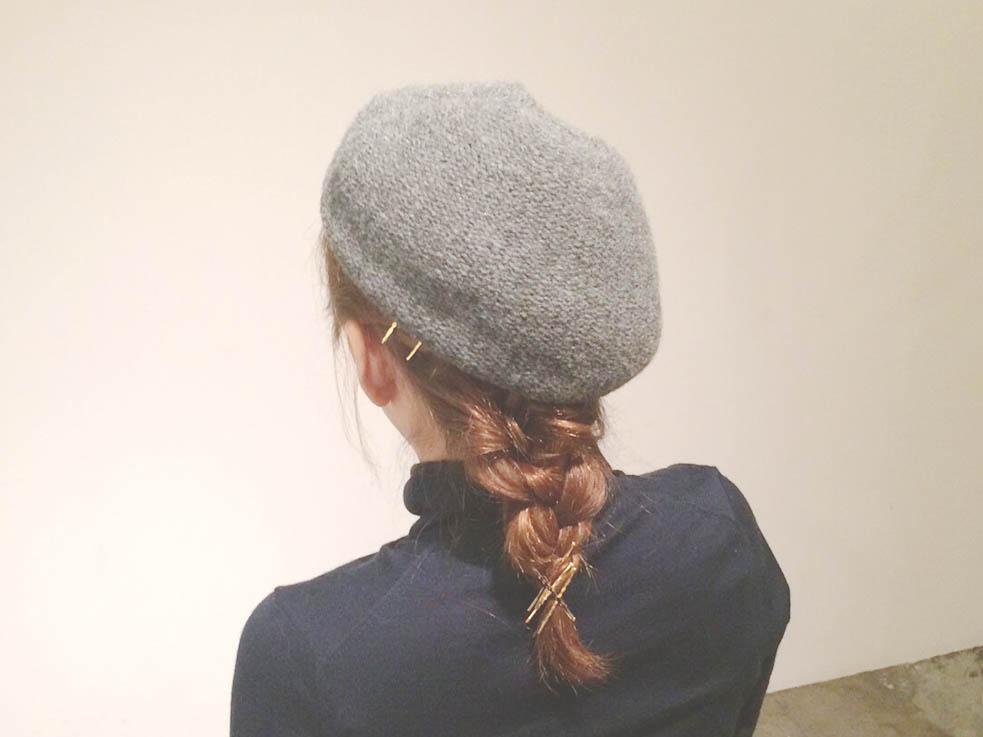5本の三つ編みで作る簡単ダウンスタイルのレシピ