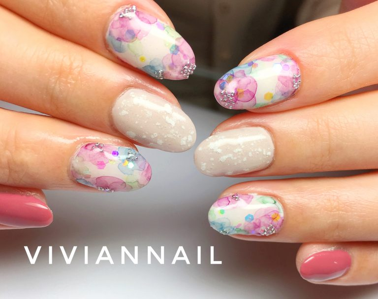 春のトレンドネイルはこれ!定番フラワー&乙女なピンクで季節と流行を先取りせよ♪
