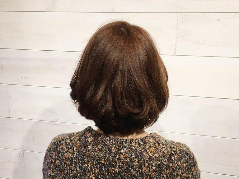短めのミディアムヘアさんでもできる!簡単なお団子アップヘアの作り方をご紹介☆