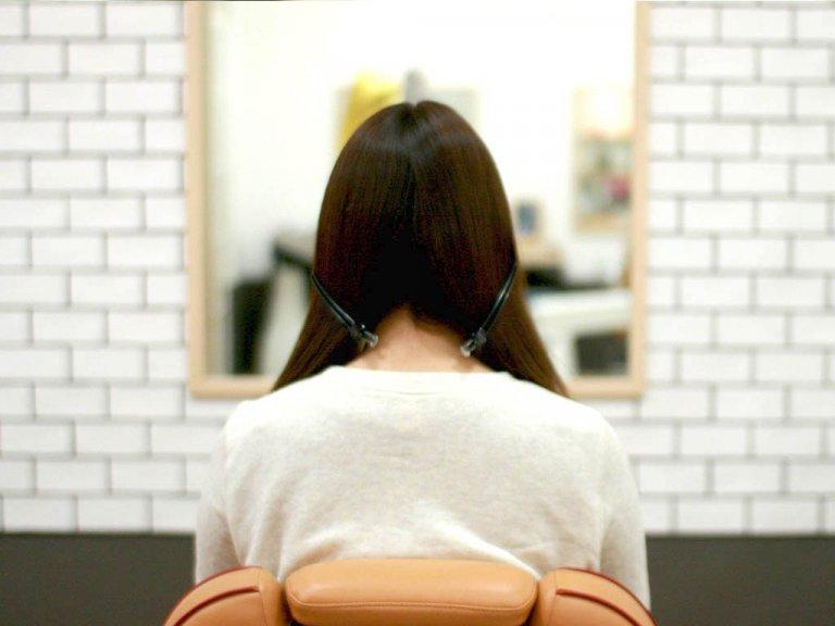 編み込みより簡単!片編み込みで落ち着いた大人なアップスタイルヘアアレンジ!