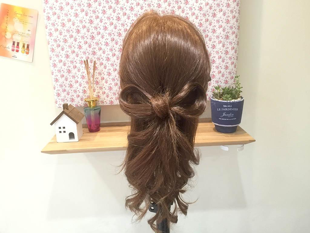 地毛だけでできるリボンヘアの作り方!ポニーアレンジスティックを使ったリボンでおしゃれ度アップ