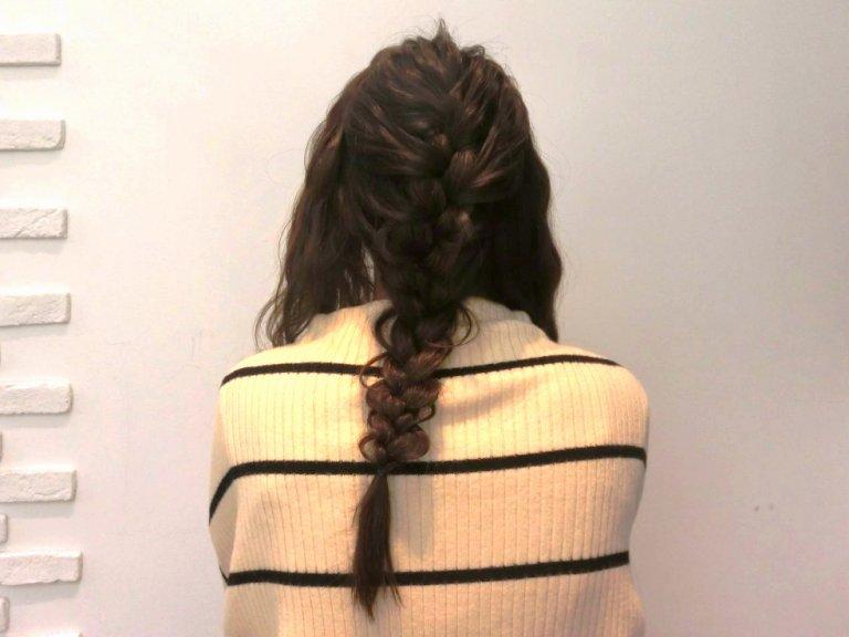 上品でかわいい編み下ろしパーティーヘアセット!ヘアアクセと合わせて華やかに*