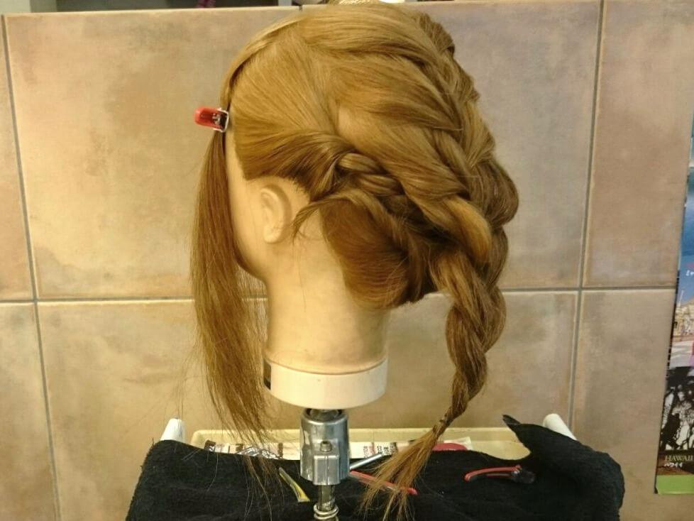 簡単ステップでできる!ラフかわなまとめ髪アレンジの作り方☆
