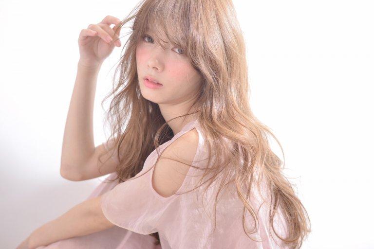 春髪、最前線♪トレンド「ハイ透明感カラー」女子急増中!軽さと柔らかさをgetして