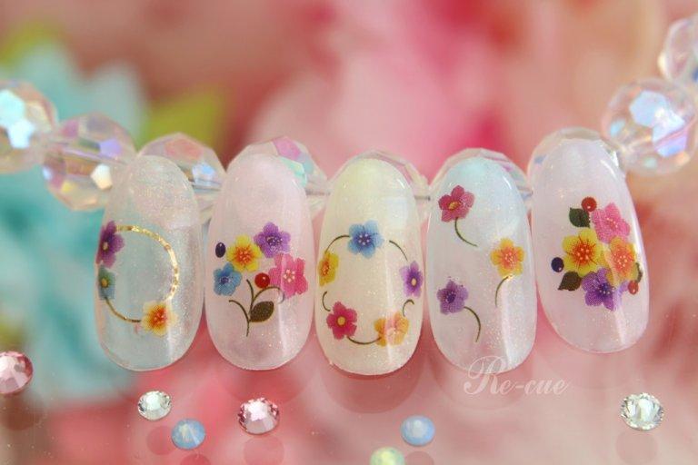 ミルキーパステル×お花モチーフの春ネイル