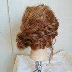片寄せシニヨンスタイルで美人度アップ!! うなじチラ見せで和装に似合うヘアアレンジ