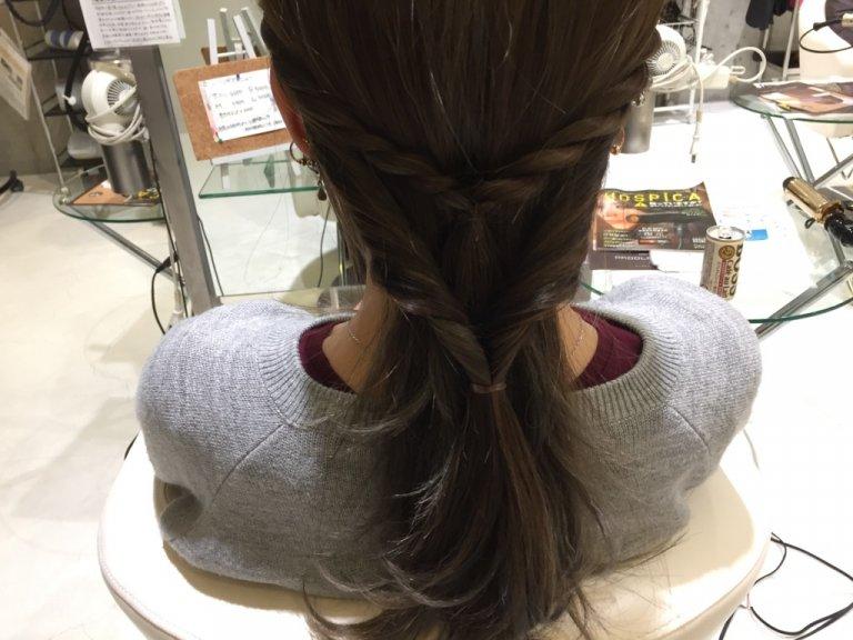 簡単こなれヘアアレンジ!ロープ編み×ポニーテールで他人と差を付ける!