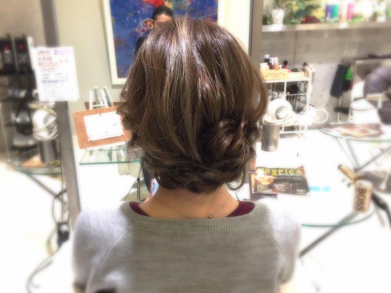 まとめ髪ヘアアレンジ♪ロープ編みで作る簡単アップアレンジをマスターして出掛けよう