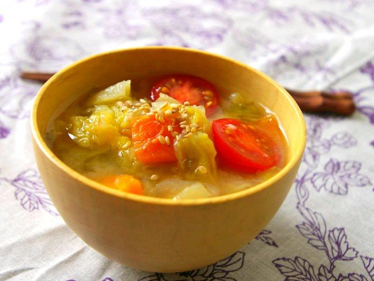 5日分まとめて仕込む!アレンジ自在の簡単万能な野菜スープ