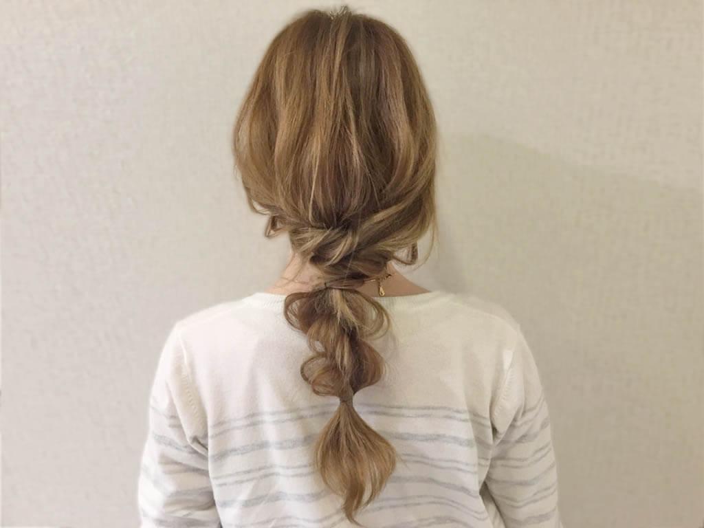 ロープ編みだけなのに、この完成度!!ねじるだけで簡単にできる初心者さん向けヘアアレンジ