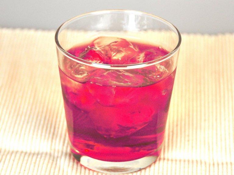 飲んで加齢臭対策。紫キャベツと黒酢ジュースがオススメ