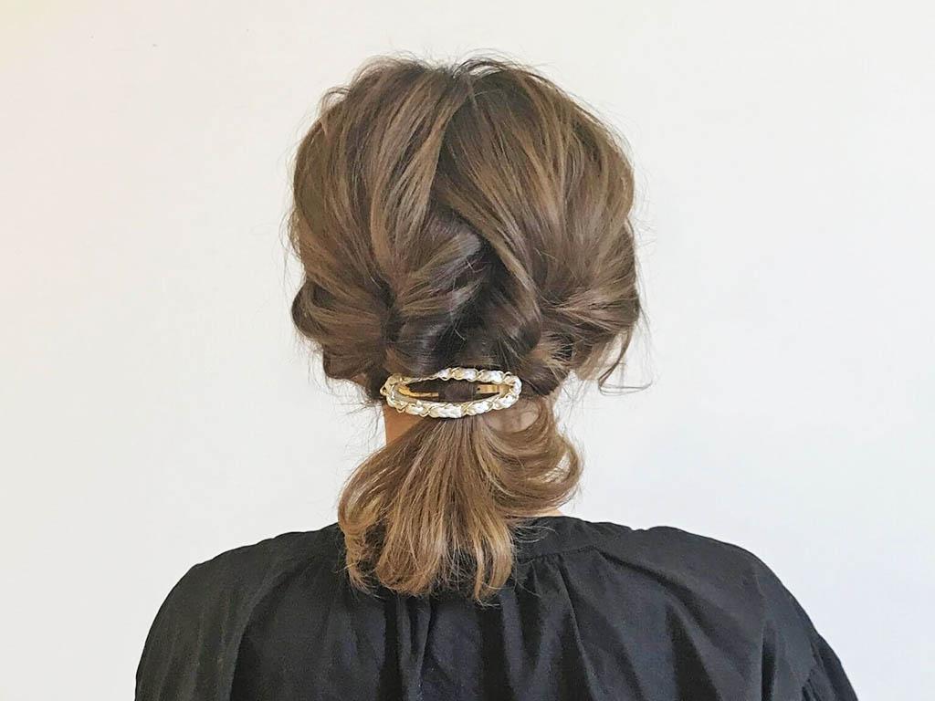 お出掛け前のたったの5分!中途半端な伸びかけヘアも簡単可愛くアレンジしましょう♪