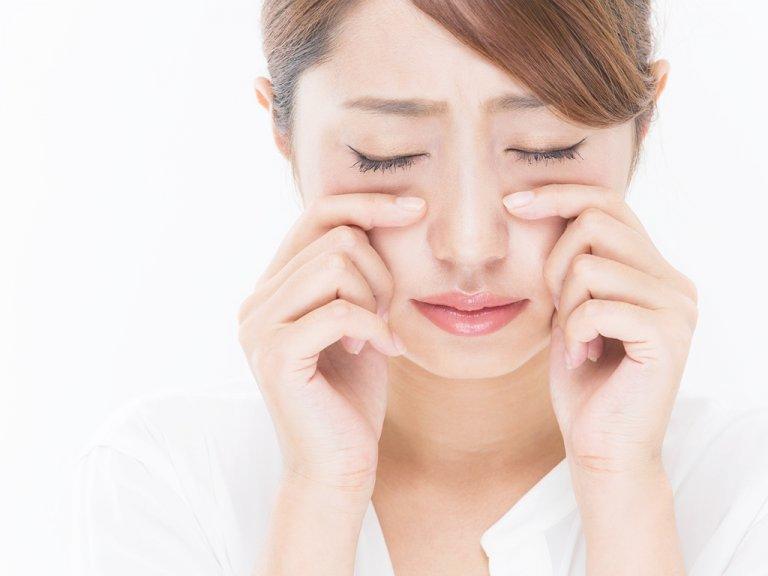 ストレス解消効果で美肌に…!? 涙が顔のむくみをとる…!?