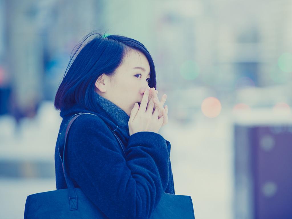 冬の乾燥対策! 美しい手を作るためにすぐに取り入れられる美容法とは?
